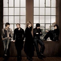 (c) Universal Music